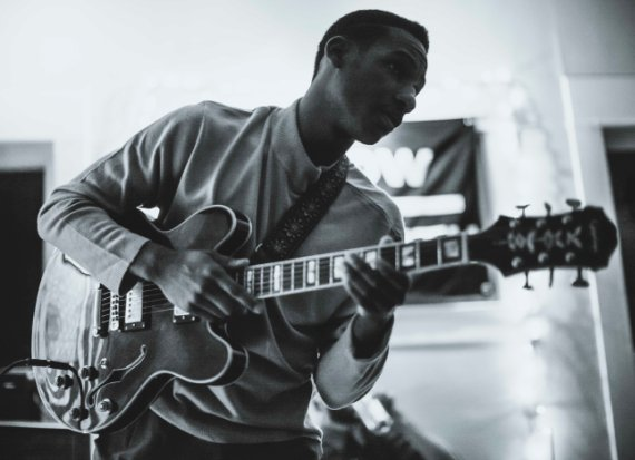 Leon Bridges, Singer-Songwriter